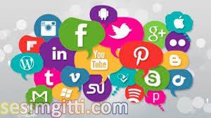 sosyal medyayı, Facebook, Facebook ilk sosyal medya